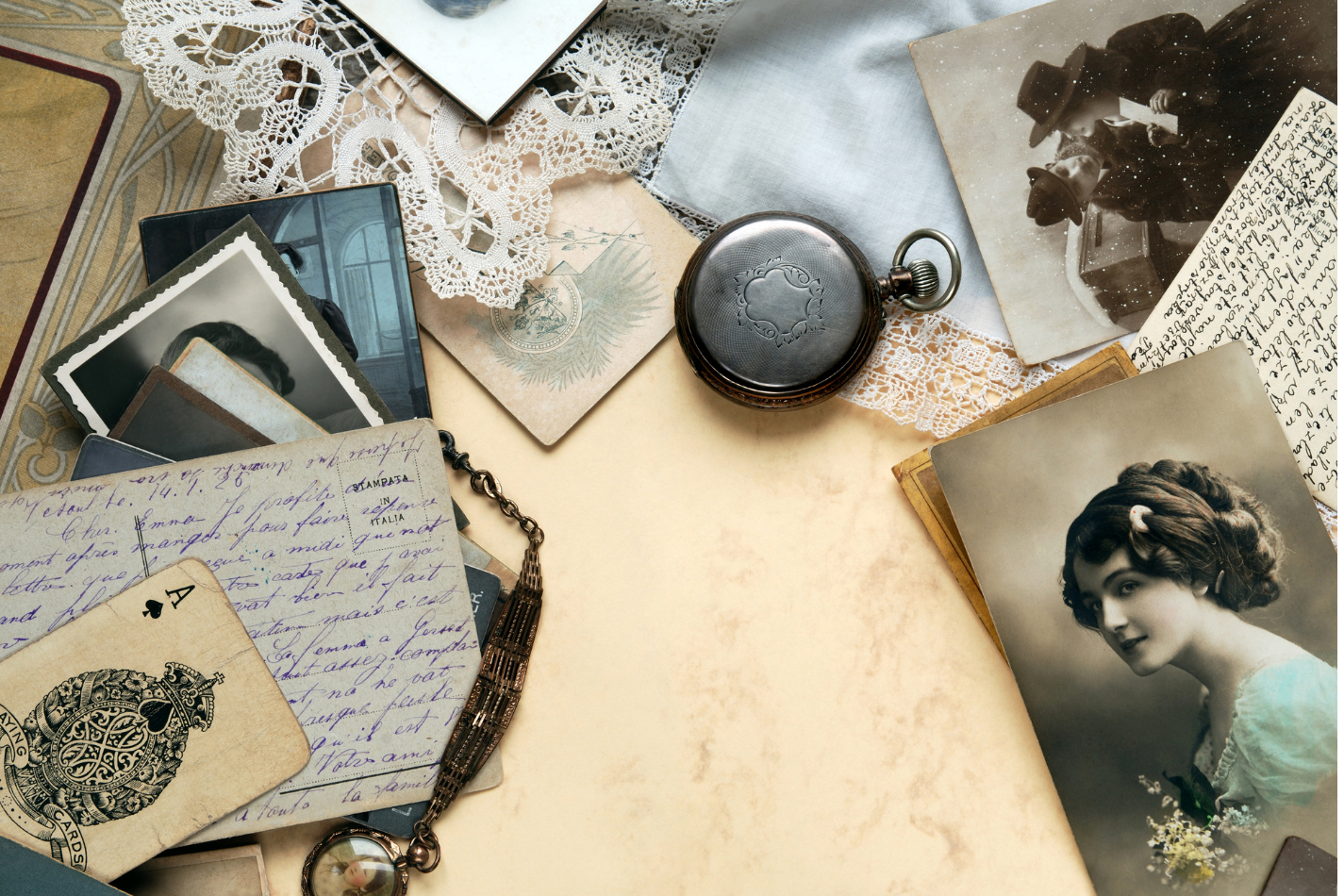 Image of old family letters, images, and heirlooms